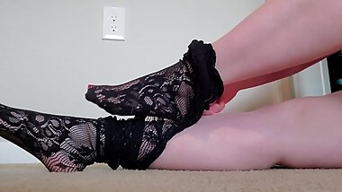 Goth Mommy Foot Tease