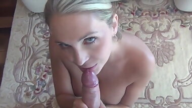 Naughty Mom Does Anal Cockride